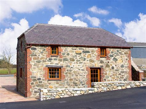 Bluebell Cottage by Bluebell Cottage In Caeathro Caernarfon Is A Popular