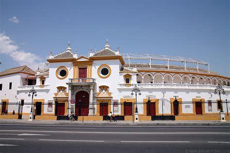 maestranza soeme plaza de toros de la maestranza seville pictures