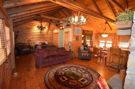 One Bedroom Cabin by Spacious Budget Friendly Branson Woods 1 Bedroom Family Cabin