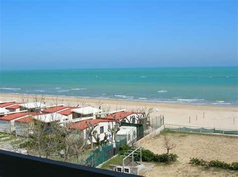 appartamenti in affitto marche sul mare sul mare in affitto localit 224 turistiche casa