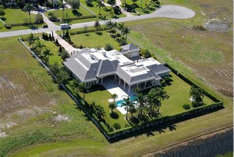 dwayne the rock johnson house address dwayne johnson florida house 2 haute residence