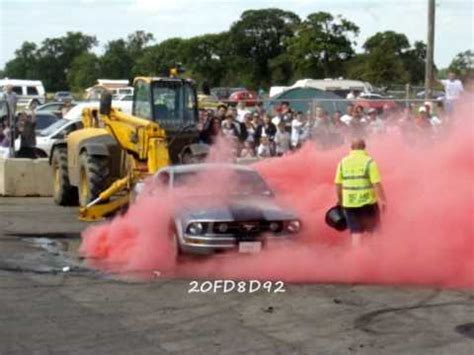 how to make colored smoke tires ford mustang from qatar burnout santa pod usc 2009 colored