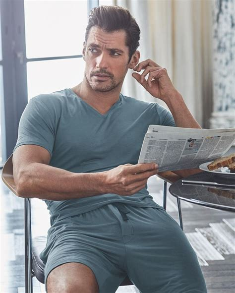 slip into something more comfortable james bond de 25 bedste id 233 er inden for david gandy p 229 pinterest