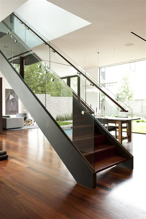 glass banister cost can you give an estimate on how much the glass railing cost