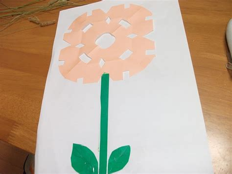 Kindergarten Paper Crafts - easy paper flowers craft preschool education for
