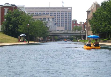 paddle boats on the canal in indianapolis funmurphys the blog indianapolis
