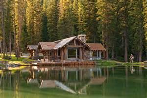 idyllic headwaters c cabin by dan joseph architects