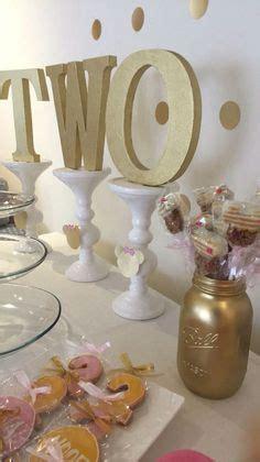 pink and gold glitter cupcake so pretty edible glitter
