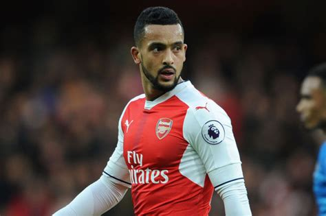Theo Walcott arsenal news theo walcott reveals what s spurring him on