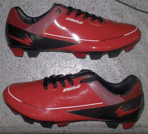 Sepatu Bola Dua Warna toko jual sepatu bola original murah merah