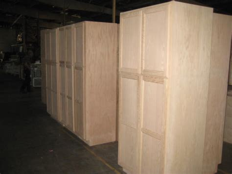 Inexpensive Pantry Cabinets Discount 36 Quot Inch Oak Pantry Cabinets Ga Chattanooga