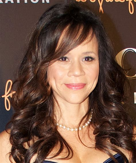 wht does rosie perez wear a wig rosie perez hair on the view hairstylegalleries com