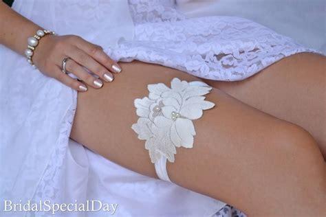 Handmade Wedding Garter - wedding garter wedding garter set ivory lace garter