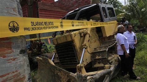Alat Berat Kehutanan foto sita alat berat dari hutan negara tribun pekanbaru