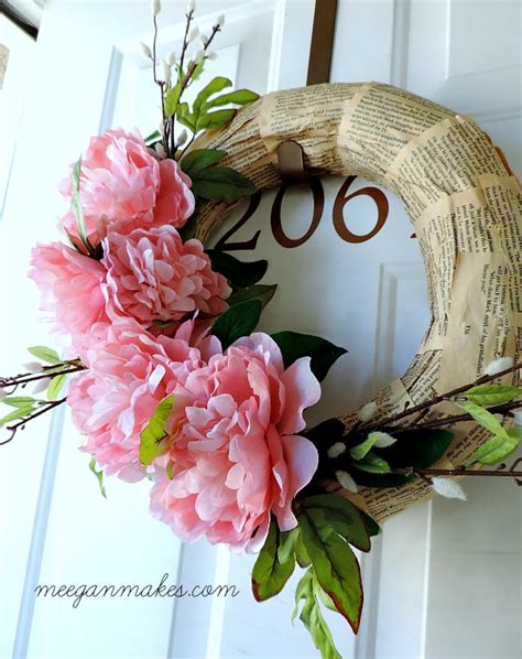 spring wreaths to make easy to make spring wreath what meegan makes