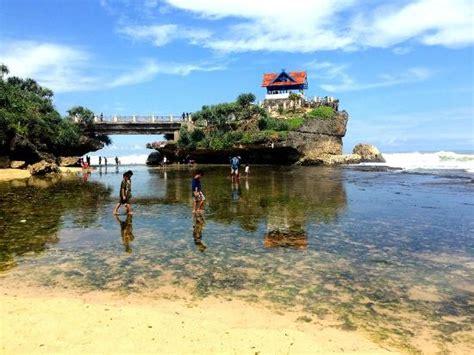 view jembatan foto pantai kukup tanjungsari tripadvisor