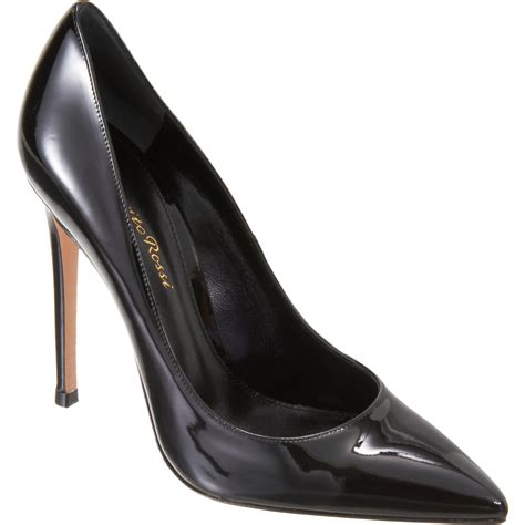 gianvito patent pointed toe in black black pat