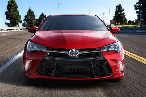 2015 Toyota Camry Pictures 2015 Toyota Camry Front 02 Photo 37