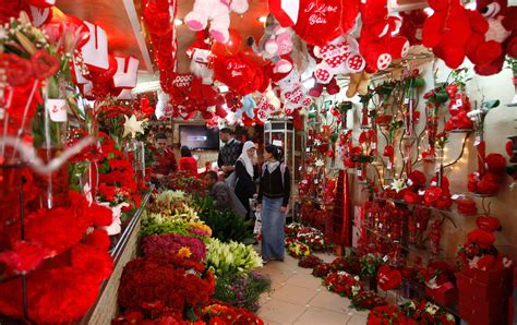 s day flower shop roses and bling happy valentine s day the