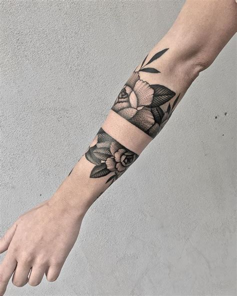 wrist cuff tattoo top 25 best arm cuff ideas on cuff