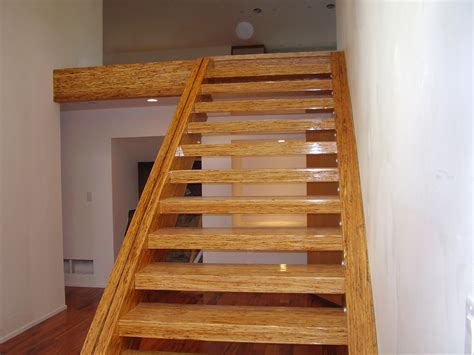 3200 lb free floating stairs West Vancvouer   Integrity