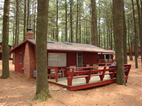 Rent A Cabin In Wisconsin by Island Pointe Resort Cabin 10 Lake Delton Wi Vacation
