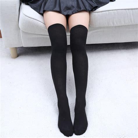 Kaoskaki Panjang Specs kaos kaki panjang wanita black jakartanotebook
