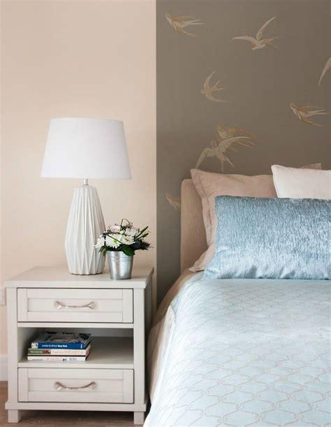 pendelleuchte für schlafzimmer atemberaubend bilder pastell rosa wandfarbe ideen