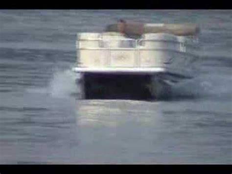 fast pontoon boats youtube speed pontoon fast boat only a yamaha 90 sweetwater youtube