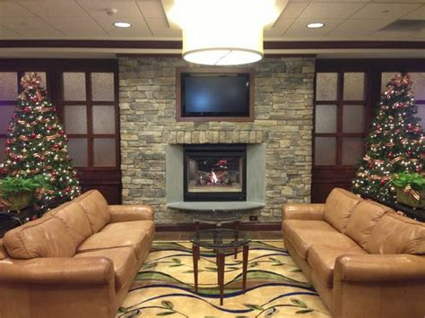 hotel lobby fireplace picture of inn express