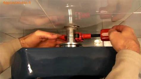 rubinetto centrale acqua riparare una perdita d acqua wc