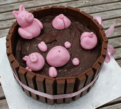 pig in a bathtub pigs in a hot tub cake cakes pinterest hot tubs pigs and tubs