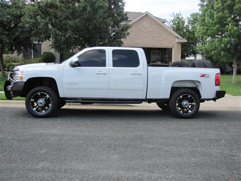 how it works cars 2010 chevrolet silverado 2500 lane departure warning tundrak 2010 chevrolet silverado 2500 hd crew cab specs photos modification info at cardomain