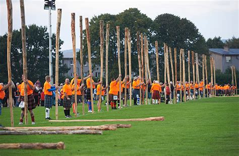 Tossing Simultaneously World Record Set In Inverness Watch Video Here | tossing simultaneously world record set in inverness watch