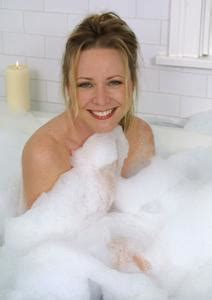 nude bathtub pics karri turner carreck celebrity pictures