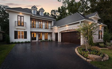 home exterior design garage doors exterior home design styles astonishing exterior home designs features attached 3 car