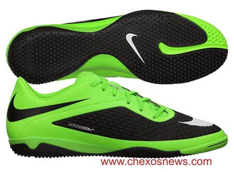Sepatu Bola Nike Dan Adidas Terbaru Sepatu Futsal Terbaik Nike Design Bild