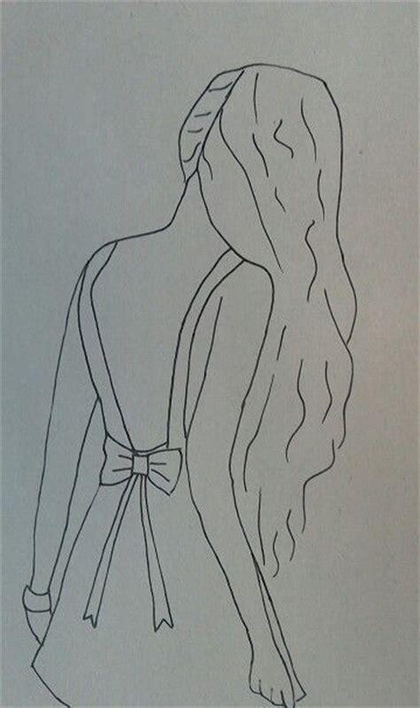 tekenen meisje tekenen de achterkant van haar riet