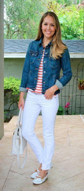 denim jacket red stripes white jeans fashion js