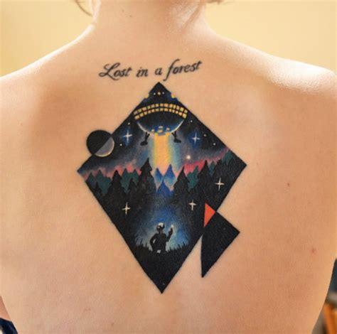 geometric ufo tattoo 36 captivating ufo tattoo designs tattooblend