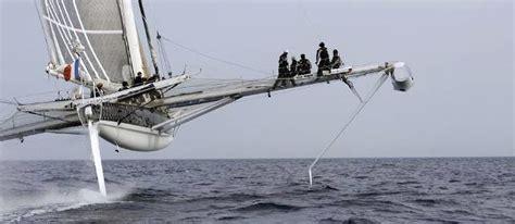 catamaran qui vole voiliers prestigieux l hydropt 232 re le bateau qui