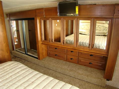Rv Closet Doors Open Range 386 Flr A New Breed Of Front Living Room Rving Is Easy At Lerch Rv