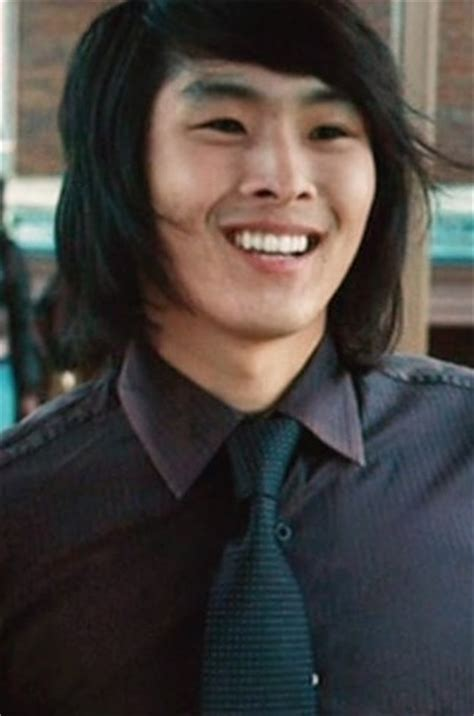 eric yorkie here s what the cast of quot twilight quot looks like five years later