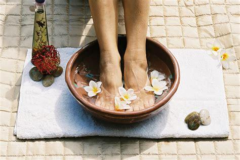 Salt Water Foot Soak Detox by The Healing Benefits Of Foot Soaks Ranch