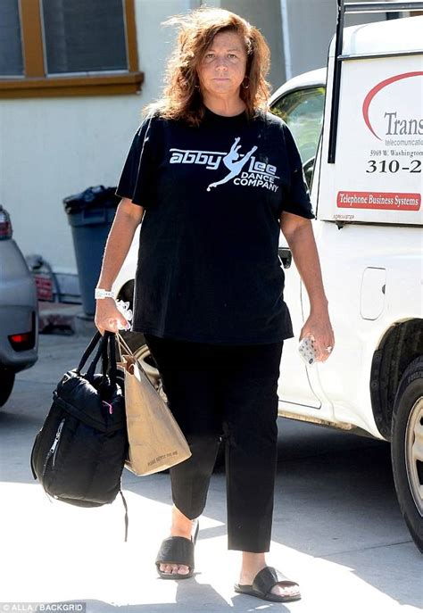 dance moms reality star abby lee miller faces 5 years in abby lee miller devastated over non hodgkin s lymphoma