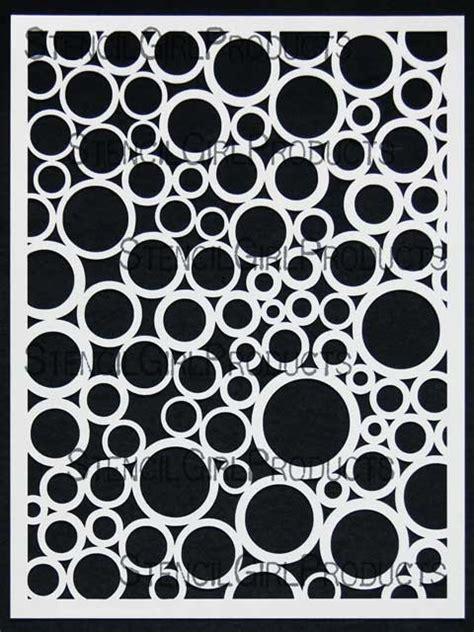 Geometric Home Decor random circles stencil mary beth shaw stencilgirl products
