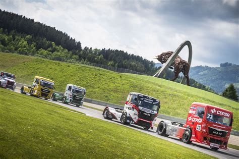 trucks race race trucks donnern am bull ring in die saison 2016