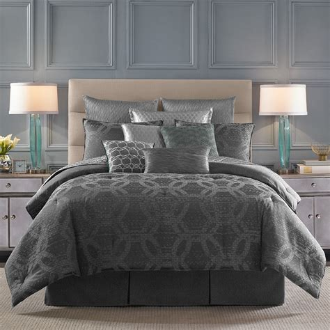 candice olson bedding 42 best candice olson images on pinterest bedroom decor comforter and decorating