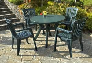 Plastic Patio Table And Chairs Nardi Toscana Green Patio Table With 4 Diana Armchairs
