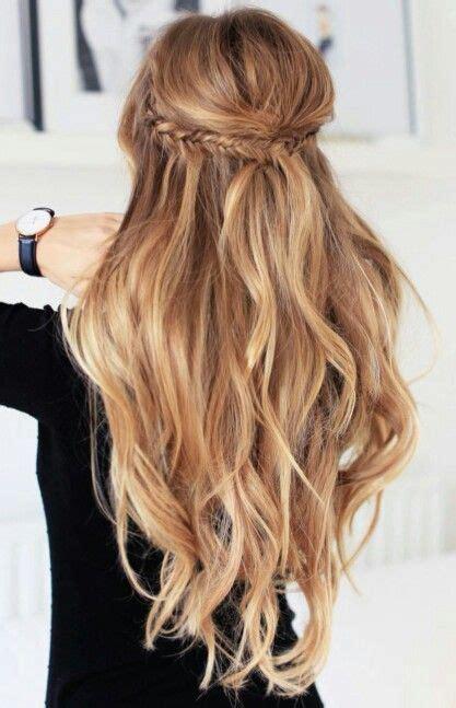 Wedding Hairstyles Half Up Half Wavy by 22 Half Up And Half Wedding Hairstyles To Get You